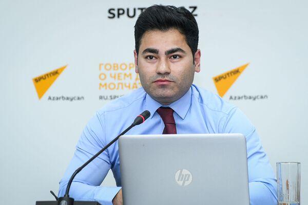 Руководитель отдела Общества Красного полумесяца Азербайджана Сеймур Гумбатов - Sputnik Азербайджан