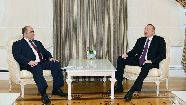 Президент Азербайджана Ильхам Алиев принял заместителя премьер-министра Беларуси Игоря Ляшенко - Sputnik Азербайджан