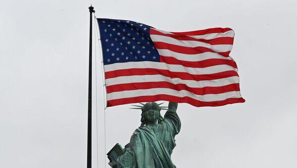 Флаг США - Sputnik Азербайджан