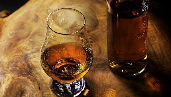 Виски, фото из архива - Sputnik Азербайджан
