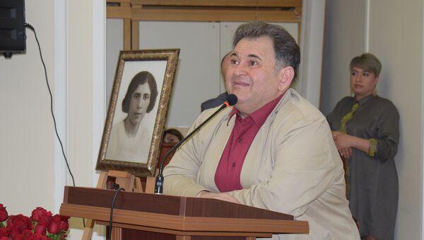 Заслуженный деятель искусств, кинорежиссер Аяз Салаев - Sputnik Азербайджан