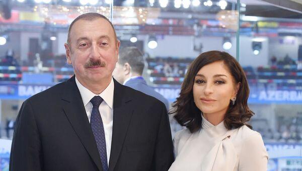 Президент Ильхам Алиев и Первая леди Мехрибан Алиева - Sputnik Азербайджан