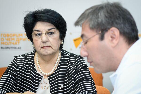 Солмаз Рустамова-Тогиди, доктор исторических наук, профессор - Sputnik Азербайджан