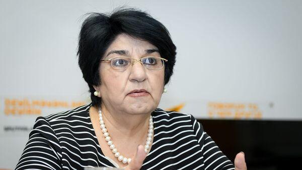 Tarix elmləri doktoru, professor Solmaz Rüstəmova-Tohidi  - Sputnik Azərbaycan