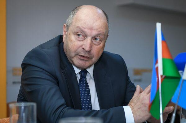 Азад Рзаев, доктор исторических наук, профессор, декан исторического факультета Бакинского государственного университета - Sputnik Азербайджан