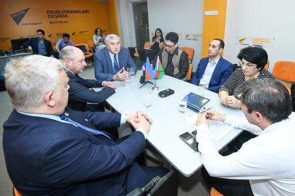 Круглый стол историков: малоизвестные страницы 28 Мая - Sputnik Азербайджан
