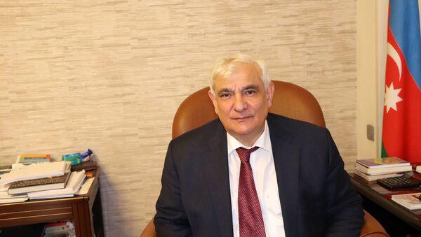 Xalq yazıçısı Kamal Abdulla - Sputnik Azərbaycan