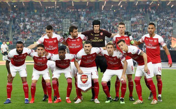 Финал Лиги Европы: Челси - Арсенал. Игроки Арсенала позируют для группового фото перед матчем, Баку, Азербайджан - Sputnik Азербайджан