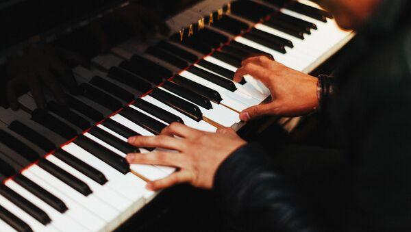 Пианист, фото из архива - Sputnik Азербайджан
