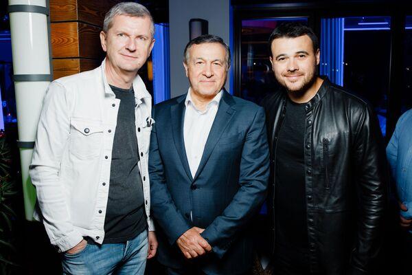 Юрий Аксюта, Араз Агаларов и EMIN на pre-party международного музыкального фестиваля Жара-2019 - Sputnik Азербайджан