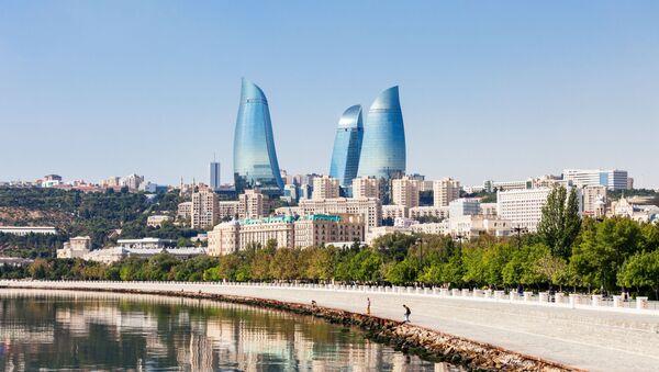 Вид на набережную и башни города Баку - Sputnik Азербайджан