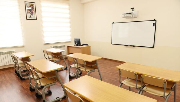 Классная комната в школе, фото из архива - Sputnik Азербайджан