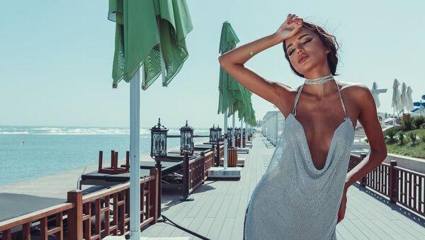 Обладательница Мисс Азербайджан -2019 Семра Гусейнова  - Sputnik Азербайджан