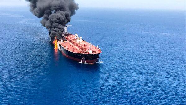 Взрыв в топливном танкере, фото из архива - Sputnik Азербайджан