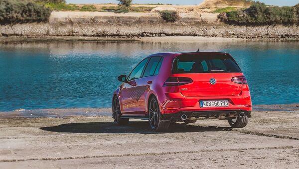 Volkswagen Golf - Sputnik Азербайджан