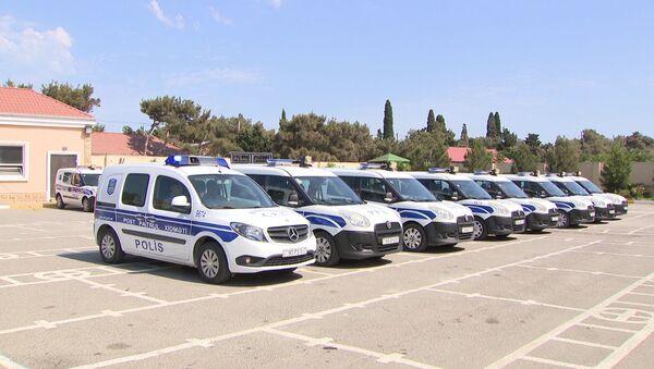 Полиция Баку провела профилактические и просветительские мероприятия в целях обеспечения безопасности участников движения на дорогах - Sputnik Азербайджан