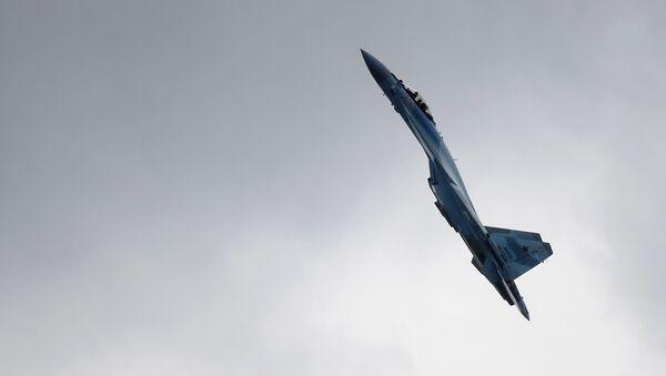 Самолет Су-35С , фото из архива - Sputnik Азербайджан