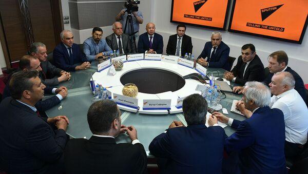 Руководители ведущих СМИ Азербайджана посетили МИА Россия сегодня - Sputnik Азербайджан