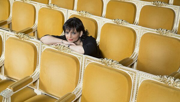 Заслуженная артистка Азербайджана, доктор философии, профессор, лауреат международного конкурса Наргиз Алиярова  - Sputnik Азербайджан