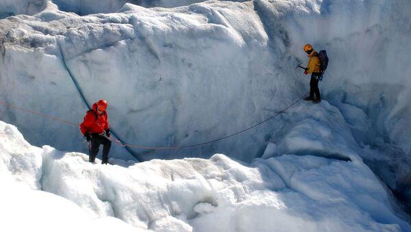 Qrenlandiyanın buzlaqları - Sputnik Azərbaycan