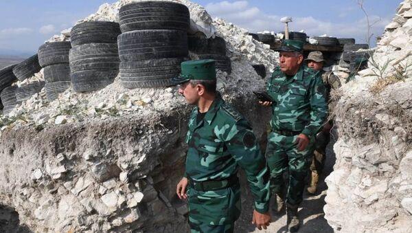 Начальник Государственной пограничной службы генерал-полковник Эльчин Гулиев побывал на месте происшествия - Sputnik Азербайджан