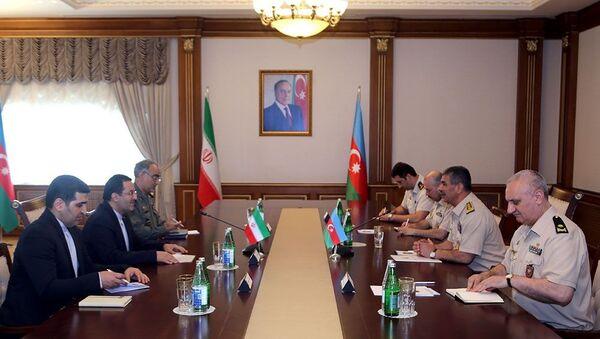 Закир Гасанов обсудил с послом Ирана участие моряков в Кубке моря-2019 - Sputnik Азербайджан