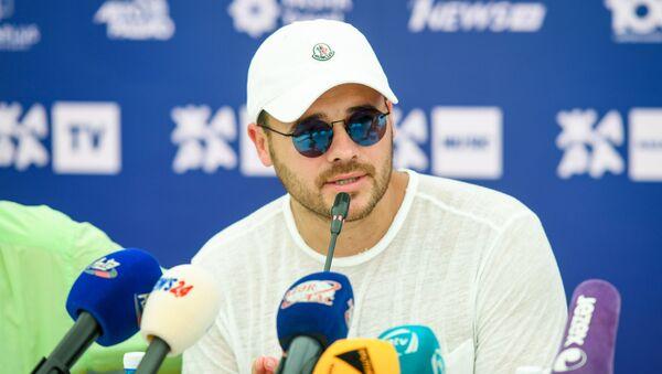 Эмин во время пресс-конференции, посвященной открытию международного музыкального фестиваля Жара - Sputnik Азербайджан