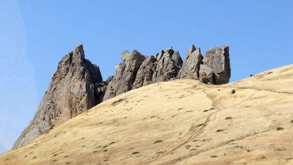 Beşbarmaq dağı - Sputnik Азербайджан