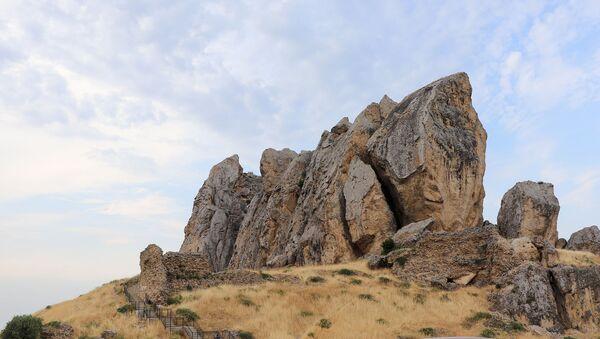Beşbarmaq dağı - Sputnik Azərbaycan