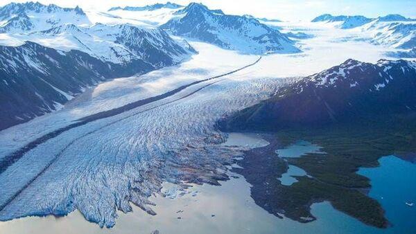 Аляска тает в сто раз быстрее - Sputnik Азербайджан