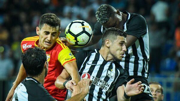 Neftçi - Arsenal (Tula) oyunundan fraqment - Sputnik Azərbaycan