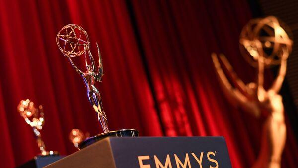 Статуэтка международной премии Emmy, фото из архива - Sputnik Азербайджан