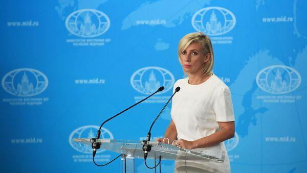Брифинг официального представителя МИД России  М. Захаровой - Sputnik Азербайджан