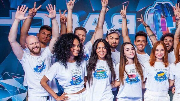 Азербайджанская певица Айсель Мамедова приняла участие на первых репетициях международного конкурса молодых исполнителей Новая волна-2019 в Сочи - Sputnik Азербайджан
