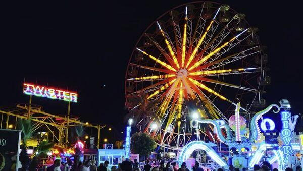 Самое высокое в Турции колесо обозрения Сердце Антальи в парке развлечений Актур  - Sputnik Азербайджан