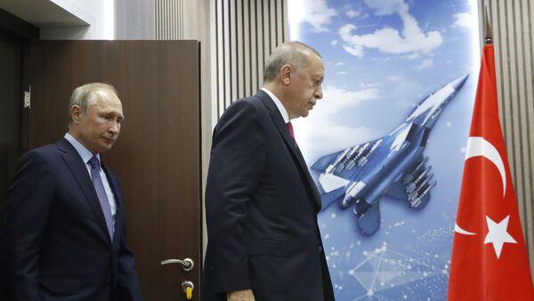 Президент РФ Владимир Путин и президент Турции Реджеп Тайип Эрдоган, фото из архива - Sputnik Азербайджан