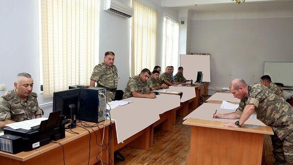 В Центре военных игр проводится командно-штабное учение - Sputnik Азербайджан