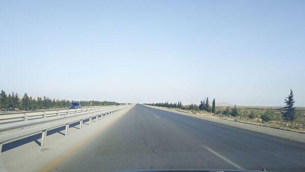 Bakı-Qazax yolu, arxiv şəkli - Sputnik Азербайджан