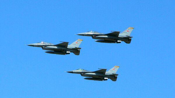 """Самолеты F-16, участвующие в учениях """"TurAz Qartalı-2019"""" - Sputnik Азербайджан"""