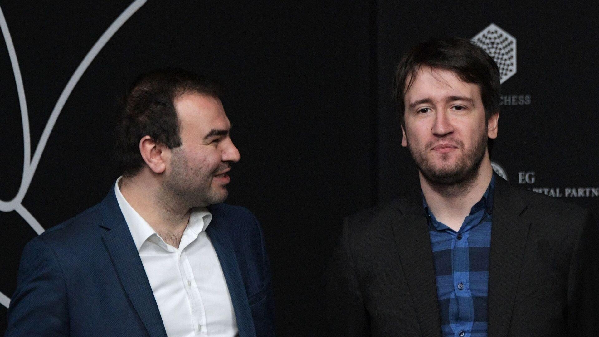 Гроссмейстеры Шахрияр Мамедъяров и Теймур Раджабов - Sputnik Азербайджан, 1920, 13.10.2021