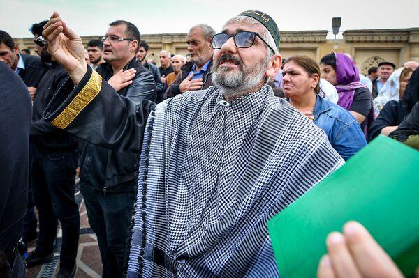 День Ашура в столичной мечети Тезепир - Sputnik Азербайджан