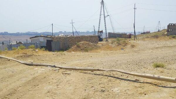 Автомобилист повредил газовую линию в Бинагадинском районе Баку - Sputnik Азербайджан