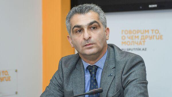 Доктор философии по физико-математическим наукам Ильгар Оруджев - Sputnik Azərbaycan