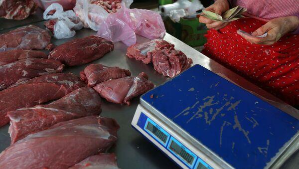 Продажа мяса, фото из архива - Sputnik Азербайджан