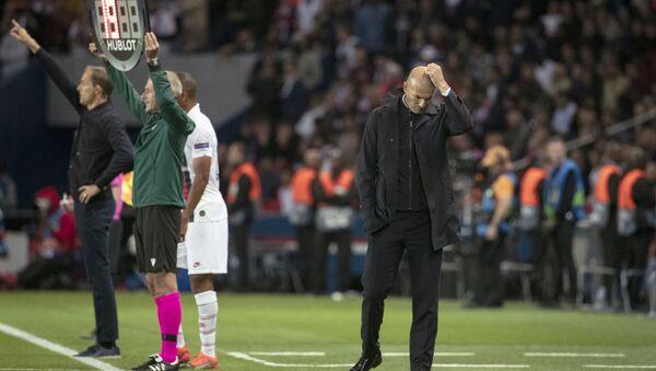 Тренер Реал Мадрида Зинедин Зидан во время футбольного матча Лиги чемпионов УЕФА между «Сен-Жермен» и «Реалом» - Sputnik Азербайджан