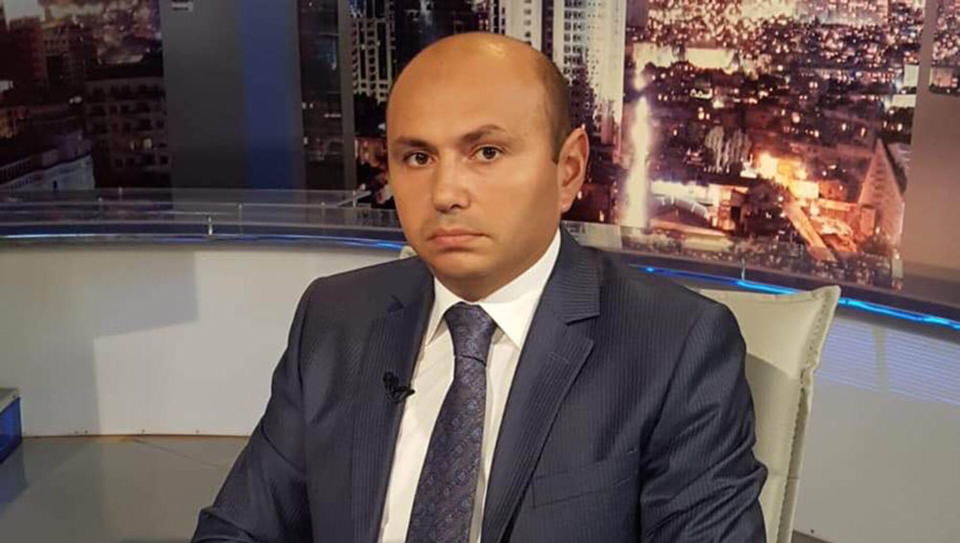 Эльшад Мирбашир, политолог, фото из архива - Sputnik Азербайджан, 1920, 19.08.2021
