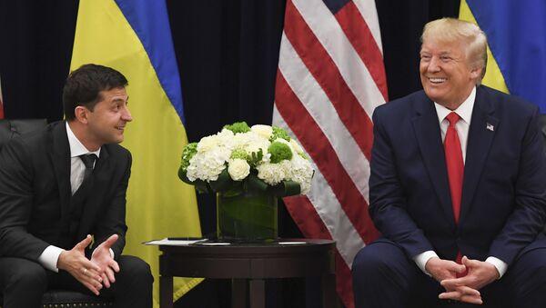 Президент США Дональд Трамп и президент Украины Владимир Зеленский, фото из архива - Sputnik Азербайджан