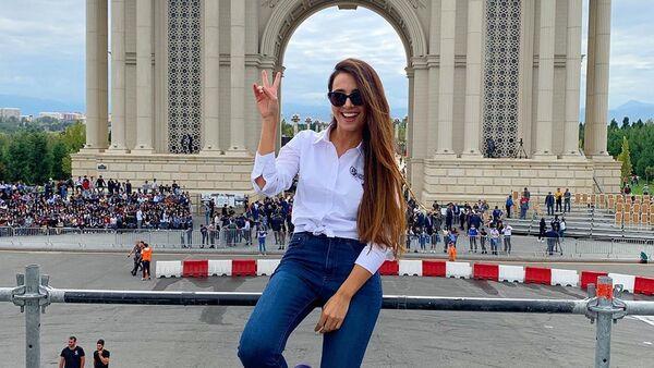 Ведущая и актриса Кямаля Пириева - Sputnik Азербайджан