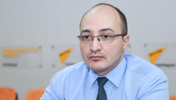 Руководитель Бакинского клуба политологов Заур Мамедов - Sputnik Азербайджан