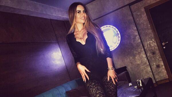 Азербайджанская модель и ведущая Гюнай Рустамли - Sputnik Азербайджан
